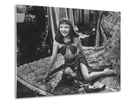 """Claudette Colbert in Title Role of Cecil B. DeMille's Film """"Cleopatra.""""--Metal Print"""