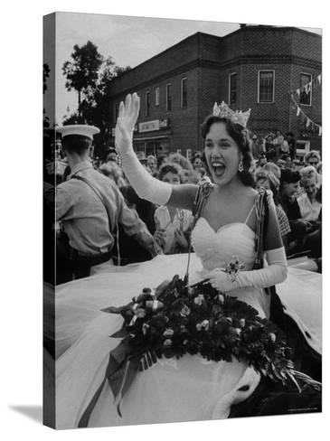 Miss America, Mary Ann Mobley Returning to Her Home Town-Grey Villet-Stretched Canvas Print