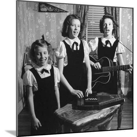 Country Western Singing Carter Sisters Anita, June and Helen, Singing, Playing Autoharp and Guitar-Eric Schaal-Mounted Premium Photographic Print