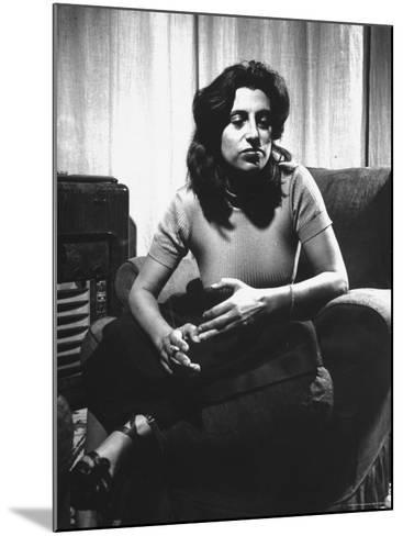 Anna Magnani in Her Rome Apartment-Gjon Mili-Mounted Premium Photographic Print