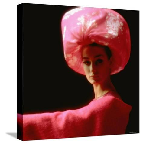 Studio Picture of Model clothing by Pierre Cardin for His 1962 Collection-Paul Schutzer-Stretched Canvas Print