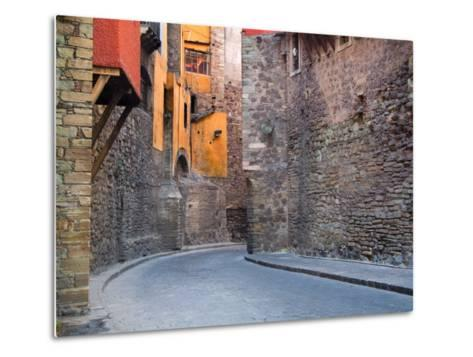 Subterranean Street with Houses Built Above, Guanajuato, Mexico-Julie Eggers-Metal Print