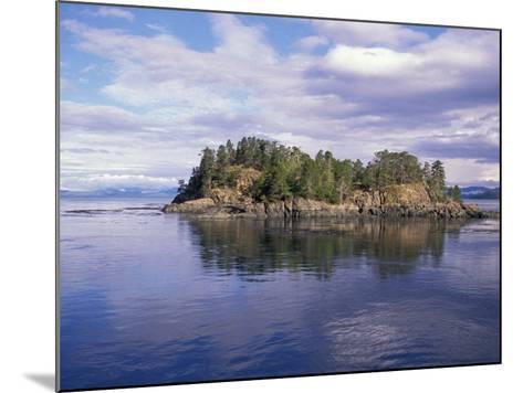 Queen Charlotte Island Scenic, British Columbia, Canada-Stuart Westmoreland-Mounted Photographic Print