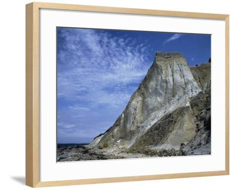 Gray Cliff, Gay Head Beach, Marthas Vineyard-Gary D^ Ercole-Framed Art Print