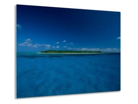 A View of an Island off the Coast of Belize-Wolcott Henry-Metal Print