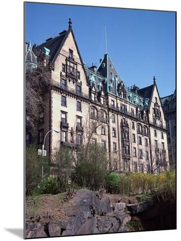 The Dakota, Central Park West, NYC-Barry Winiker-Mounted Photographic Print