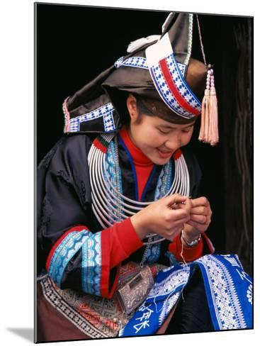 Tip-Top Miao Girl Doing Traditional Embroidery, China-Keren Su-Mounted Photographic Print