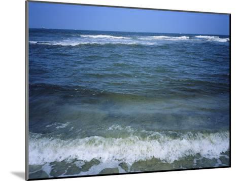 Atlantic Ocean Waves Breaking Toward the Beach-Vlad Kharitonov-Mounted Photographic Print