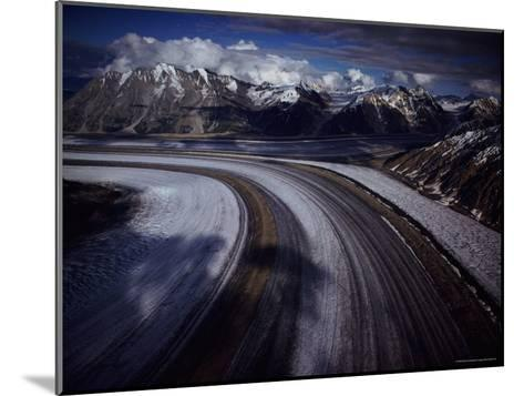 Overview of the 45-Mile-Long Kaskawulsh Glacier-Sam Abell-Mounted Photographic Print
