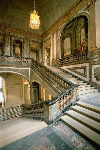 The Escalier de La Reine--Stretched Canvas Print