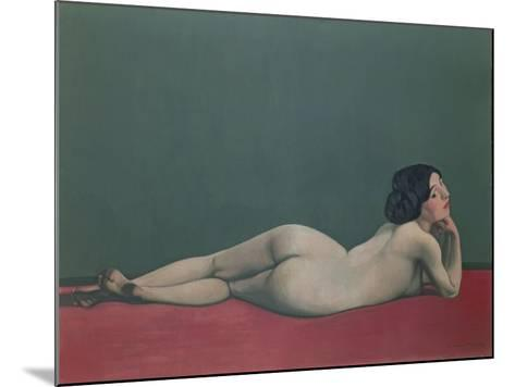 Nude Stretched Out on a Piece of Cloth, 1909-F?lix Vallotton-Mounted Giclee Print