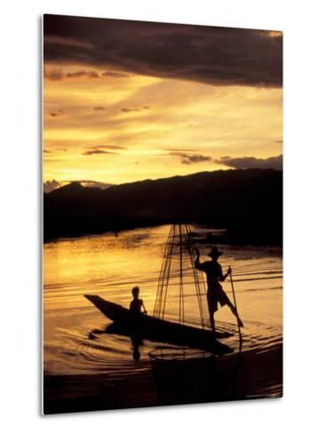 Intha Fisherman Rowing Boat With Legs at Sunset, Myanmar-Keren Su-Metal Print