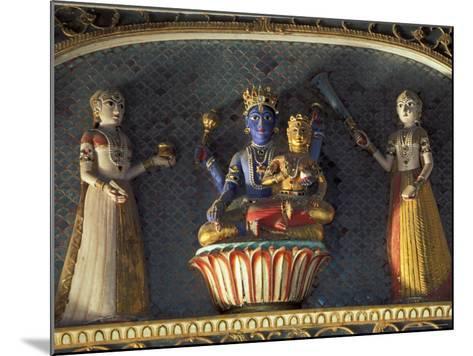 Hindu gods Vishnu and Laxmi in Half Moon Palace, India-John & Lisa Merrill-Mounted Photographic Print