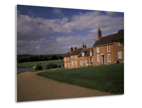 Cottages at Buckler's Hard, New Forest, Hampshire, England-Nik Wheeler-Metal Print