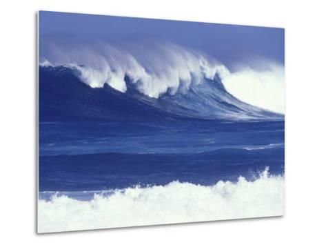 Waves off Kulima Point, Northshore, Oahu, Hawaii, USA-Darrell Gulin-Metal Print