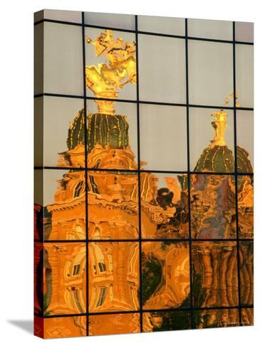 Reflection of the State Capitol Building, Iowa, USA-Richard Cummins-Stretched Canvas Print