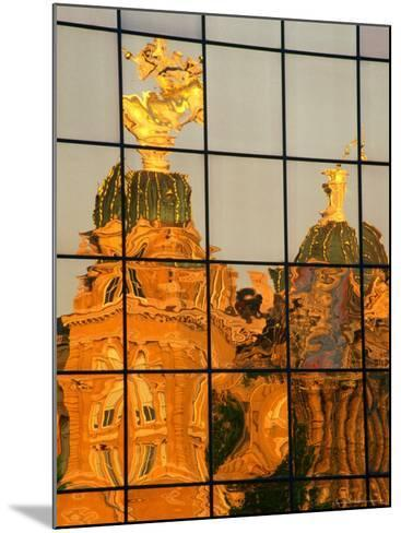 Reflection of the State Capitol Building, Iowa, USA-Richard Cummins-Mounted Photographic Print