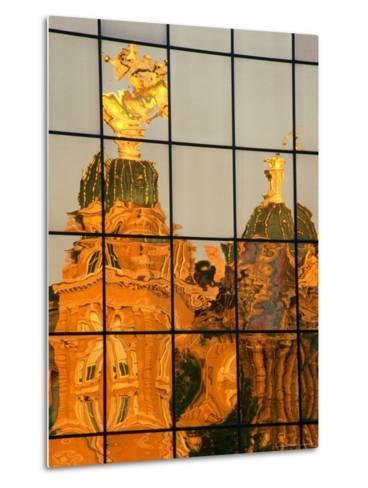 Reflection of the State Capitol Building, Iowa, USA-Richard Cummins-Metal Print