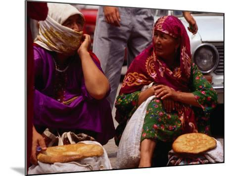 Women Selling Bread at the Market, Mary, Mary, Turkmenistan-Jane Sweeney-Mounted Photographic Print