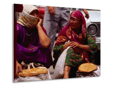 Women Selling Bread at the Market, Mary, Mary, Turkmenistan-Jane Sweeney-Metal Print