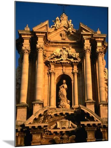 Baroque Facade of Il Duomo, Syracuse, Sicily, Italy-Diana Mayfield-Mounted Photographic Print