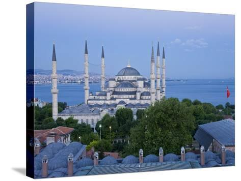 Blue Mosque, Sultanahmet, Istanbul, Turkey-Gavin Hellier-Stretched Canvas Print