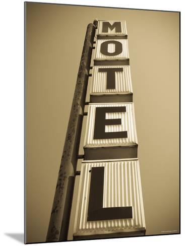 USA, Illinois, Route 66, Broadwell, Old Motel Sign-Alan Copson-Mounted Photographic Print