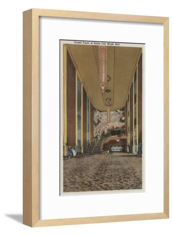 New York, NY - Radio City Music Hall Grand Foyer-Lantern Press-Framed Art Print