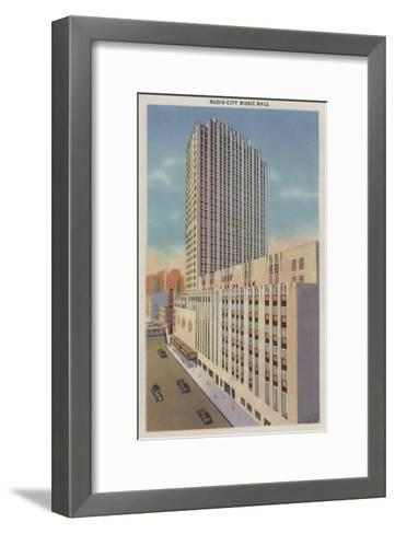 New York, NY - Radio City Music Hall Exterior View-Lantern Press-Framed Art Print