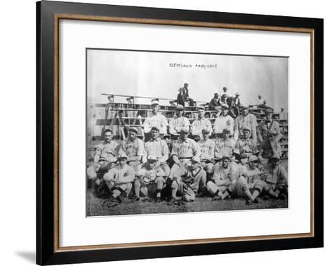 Cleveland Indians Team, Baseball Photo - Cleveland, OH-Lantern Press-Framed Art Print