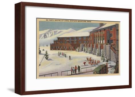 Sun Valley, ID - Ski Party at Lodge Sawtooth Mountains-Lantern Press-Framed Art Print
