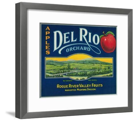 Del Rio Apple Crate Label - Medford, OR-Lantern Press-Framed Art Print
