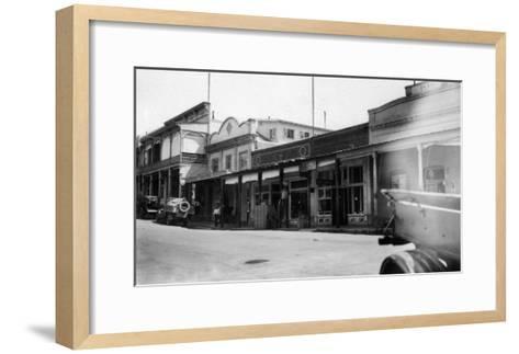 Southern View of the East Side - Sutter Creek, CA-Lantern Press-Framed Art Print