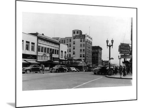 Street Scene, View of Ekho Drugstore - Everett, WA-Lantern Press-Mounted Art Print