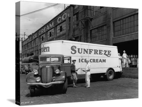 Seattle Ice Cream Co. truck Photograph - Seattle, WA-Lantern Press-Stretched Canvas Print