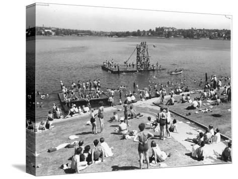 Green Lake Swimming Beach Photograph - Seattle, WA-Lantern Press-Stretched Canvas Print