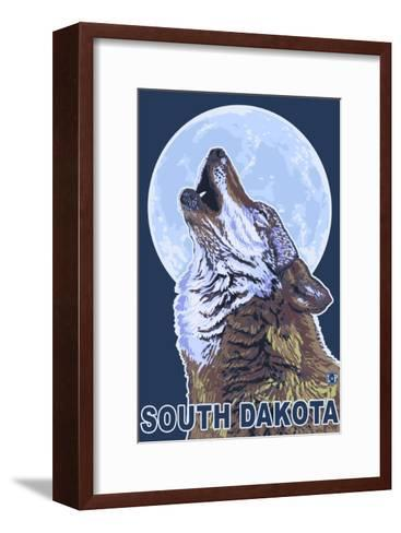 Gray Wolf Howling - South Dakota-Lantern Press-Framed Art Print