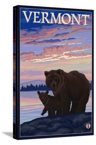 Vermont - Bear and Cub-Lantern Press-Stretched Canvas Print