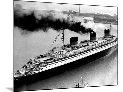 Ship Normandie Leaving Havre--Mounted Photographic Print