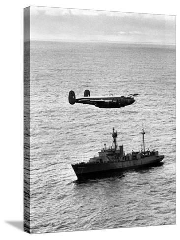 "Drop over Weather Ship ""India"" from Raf Shackleton of 204 Squadron--Stretched Canvas Print"