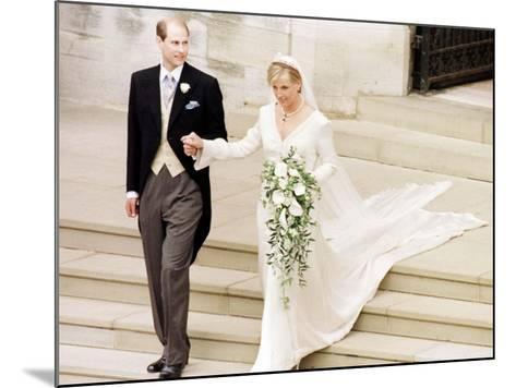 Prince Edward Royal Wedding to Sophie Rhys-Jones--Mounted Photographic Print