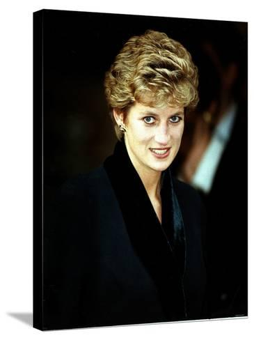 Princess Diana at the Relaunch of Birthright Charity November 1993--Stretched Canvas Print