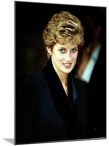 Princess Diana at the Relaunch of Birthright Charity November 1993--Mounted Photographic Print