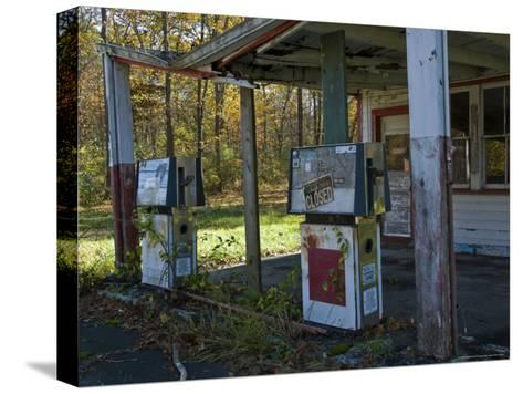 Abandoned Gas Station-Todd Gipstein-Stretched Canvas Print