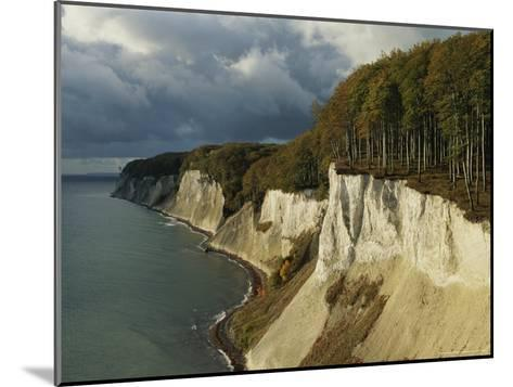 White Chalk Cliffs Along the Shoreline-Norbert Rosing-Mounted Photographic Print