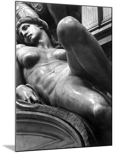 Reclining Figure Sculpted by Michelangelo from His Tomb of the Medici-Alfred Eisenstaedt-Mounted Photographic Print
