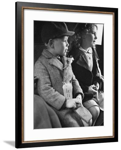 Evacuees Returning Home to London-Ian Smith-Framed Art Print