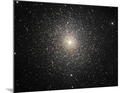 47 Tucanae (NGC 104), Globular Cluster in Tucana-Stocktrek Images-Mounted Photographic Print