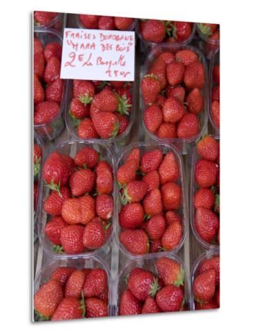 Strawberries at Market, Sarlat, Dordogne, France-Doug Pearson-Metal Print