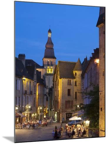 Sarlat, Dordogne, France-Doug Pearson-Mounted Photographic Print